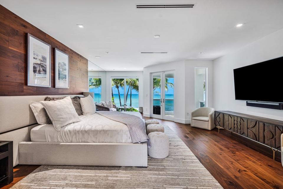 Sammy Sosa, Florida, luxury, real estate, design, baseball, beachfront, ocean, Compass