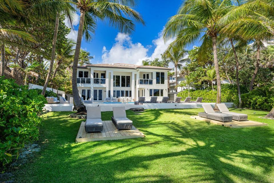 Sammy Sosa, Florida, luxury, real estate, design, baseball, beach, ocean, Compass, Cubs