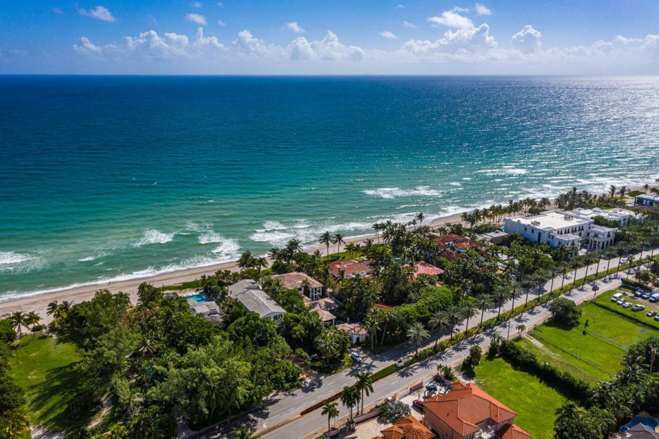 Sammy Sosa, Florida, luxury, real estate, design, Golden Beach, beachfront, ocean, Compass