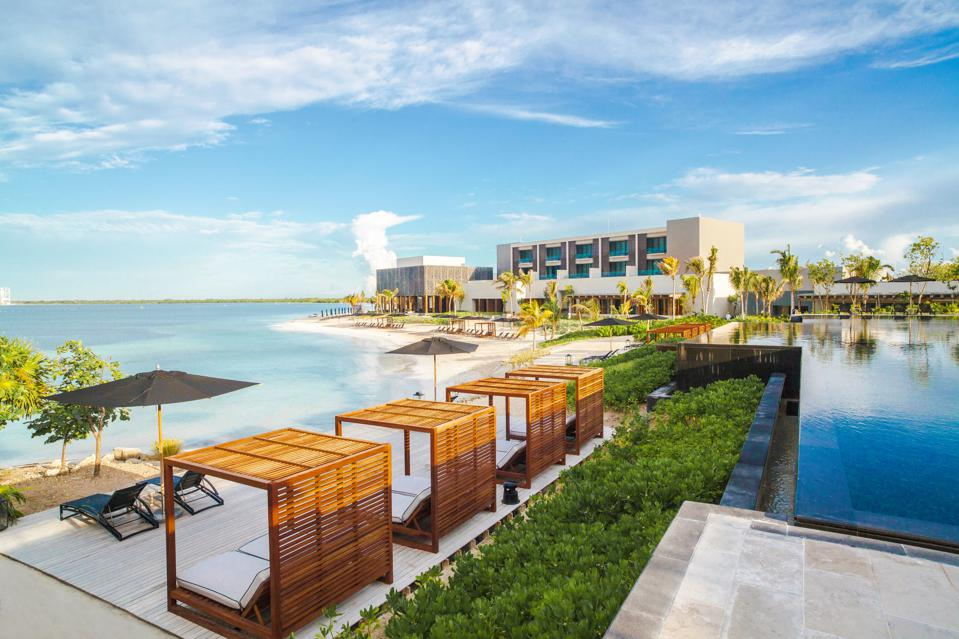 Nizuc cancun Black Friday cyber Monday Travel Tuesday deals