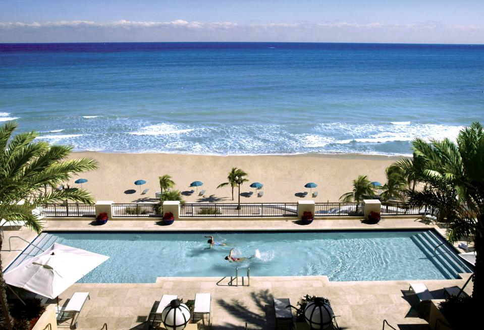 Atlantic Hotel Fort Lauderdale, Florida Black Friday cyber Monday Travel Tuesday deals