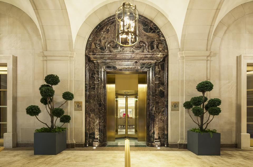 InterContinental New York Barclay Black Friday cyber Monday Travel Tuesday deals