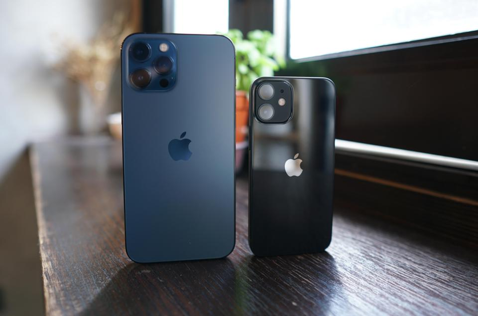 the iPhone 12 Pro Max (left) and the iPhone 12 Mini (right)/