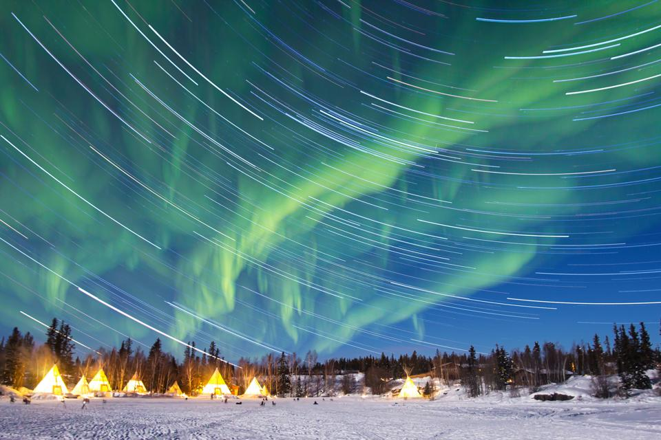 World's Best Destinations, National Geographic: The aurora borealis over Yellowknife, Canada