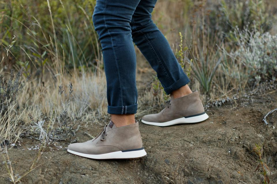 The newest Wolf & Shepherd hybrid shoe, the Crossover Chukka, takes wearers from the boardroom to the backwoods due to its unprecedented level of comfort, agility, style, and versatility.