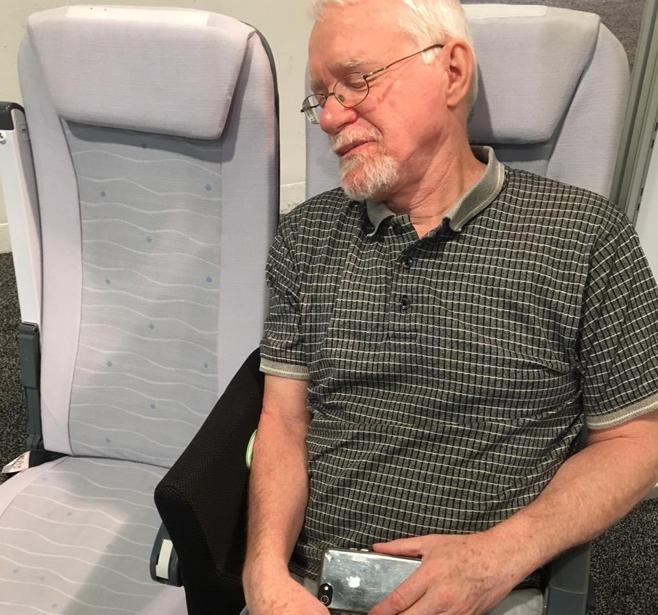 You'll want to have this Airplane Seat Divider with you on every flight - pandemic or no pandemic.