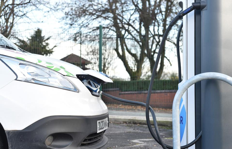UK Government Hopes To Speed Transition To Electric Vehicles