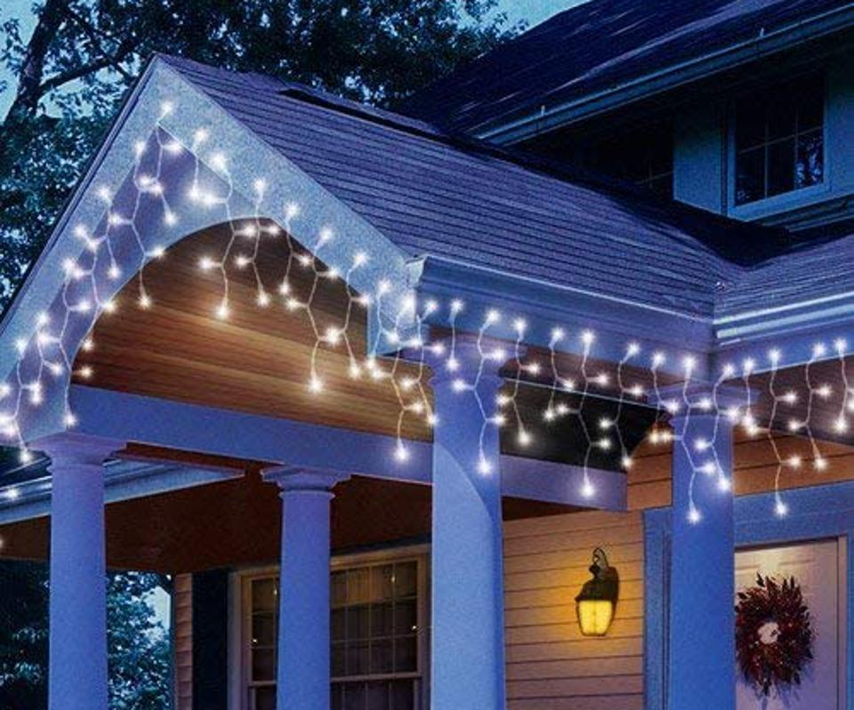 8 Of The Best Outdoor Christmas Lights To Ring In The Holiday Season