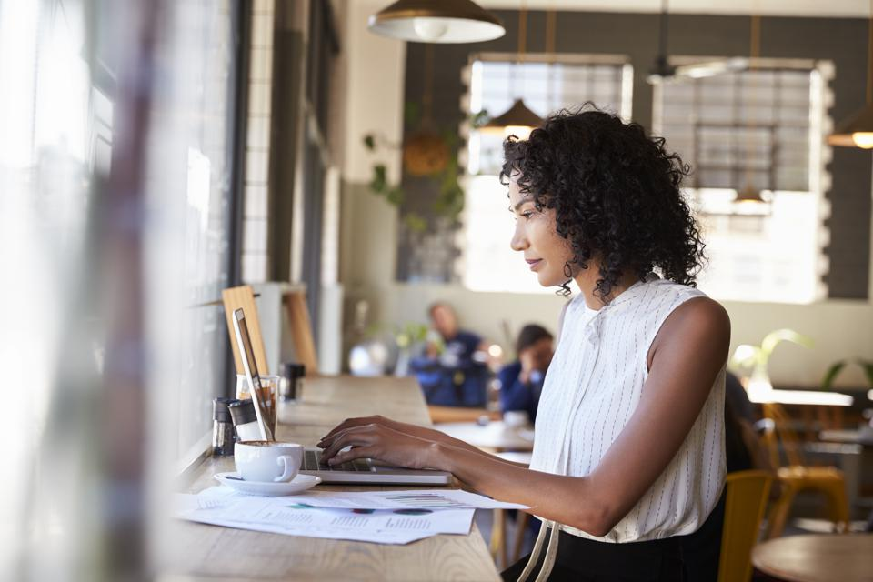 Times of crisis are often the best time to go all-in on your side hustle.