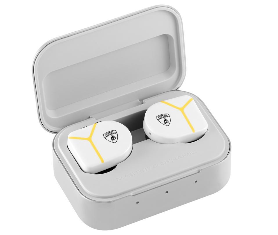 Master & Dynamic MW07 true wireless earphones in open charging case