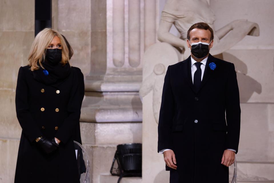 French President Emmanuel Macron and Brigitte Macron commemorating armistice day 2020