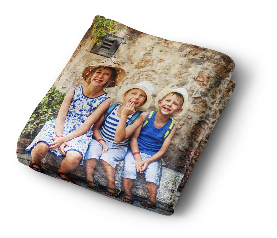 A plush, fleece blanket with a favorite travel image