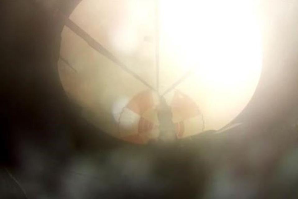 Electron descending under parachute