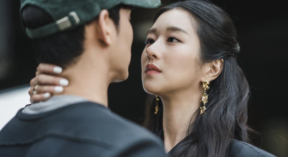Kim Soo-hyun and Seo Ye-ji starred in 'It's Okay Not To Be Okay.'