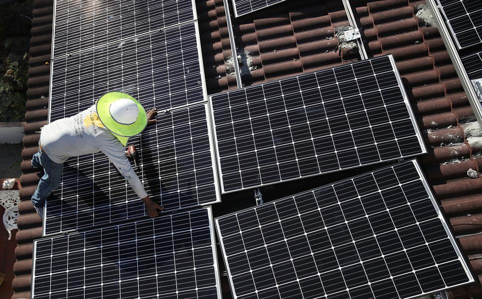 Trump Administration Imposes Tariffs On Imported Solar Panels