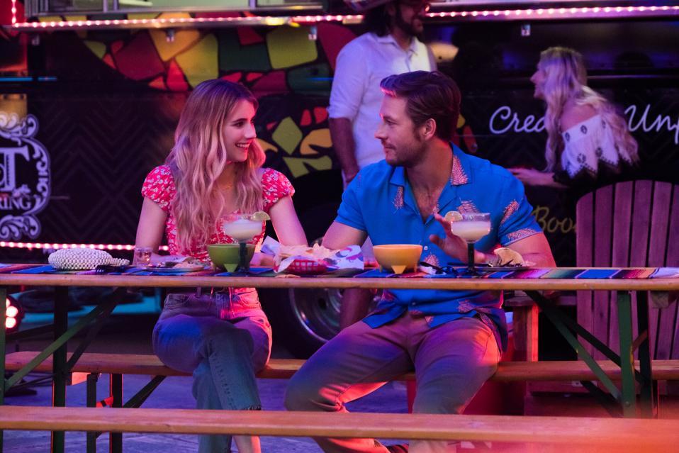 Emma Roberts Luke Bracey Vacaciones