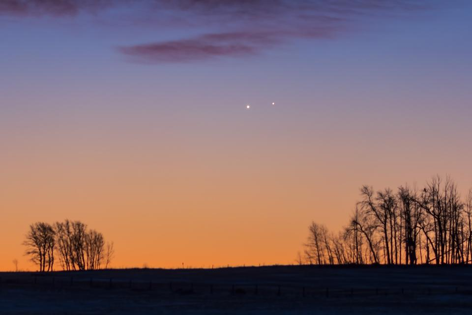 Venus and Jupiter in a very close conjunction on November 13, 2017.