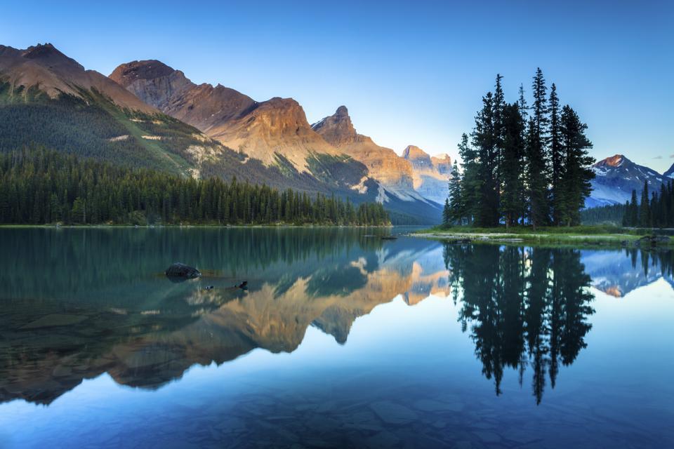 Spirit Island and Maligne Lake at Jasper National Park, Alberta, Canada.