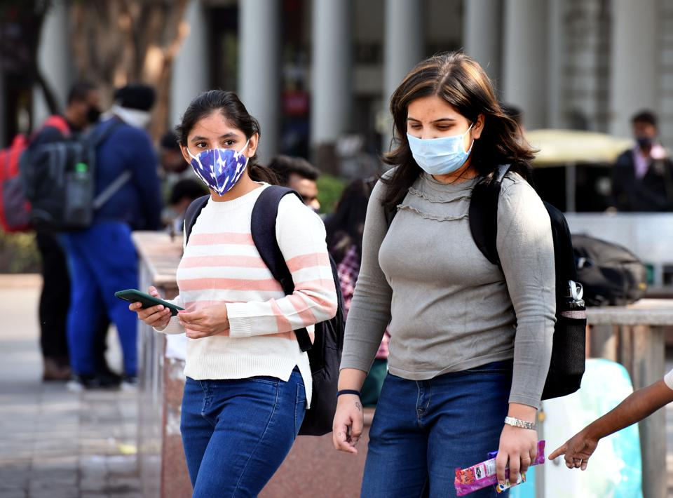 People Fined For Not Wearing Masks In Delhi