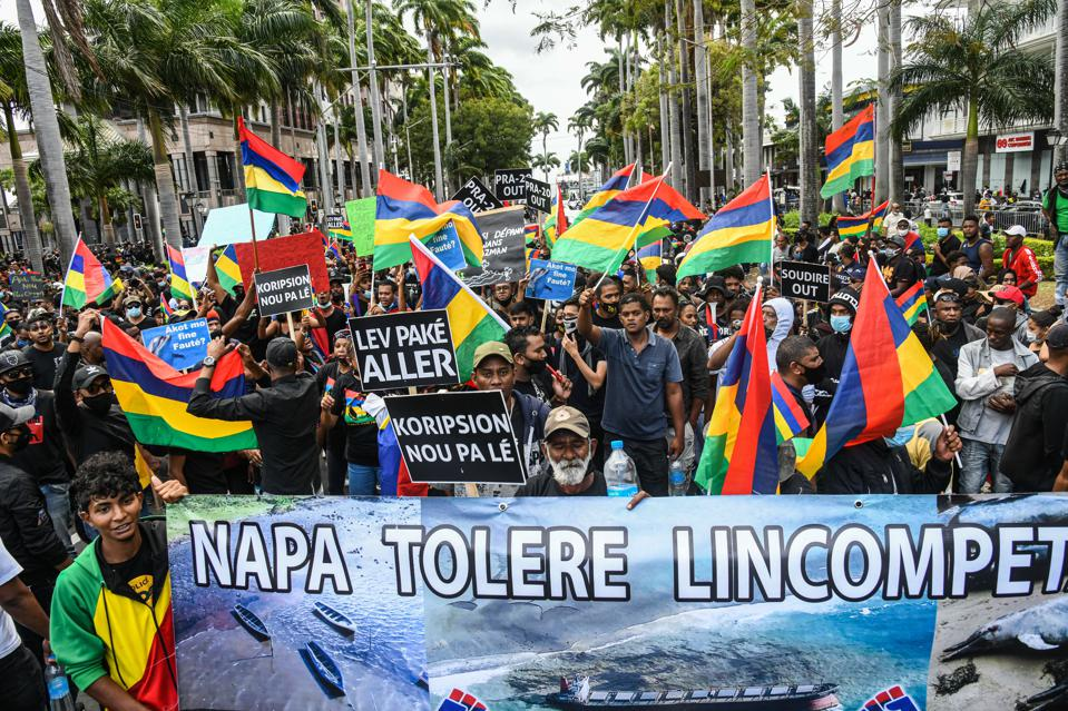 29 Aug: An unprecedented number of protestors - estimated at over 100,000 - marched in Mauritius in protest at the handling of the Wakashio oil spill and disputed election