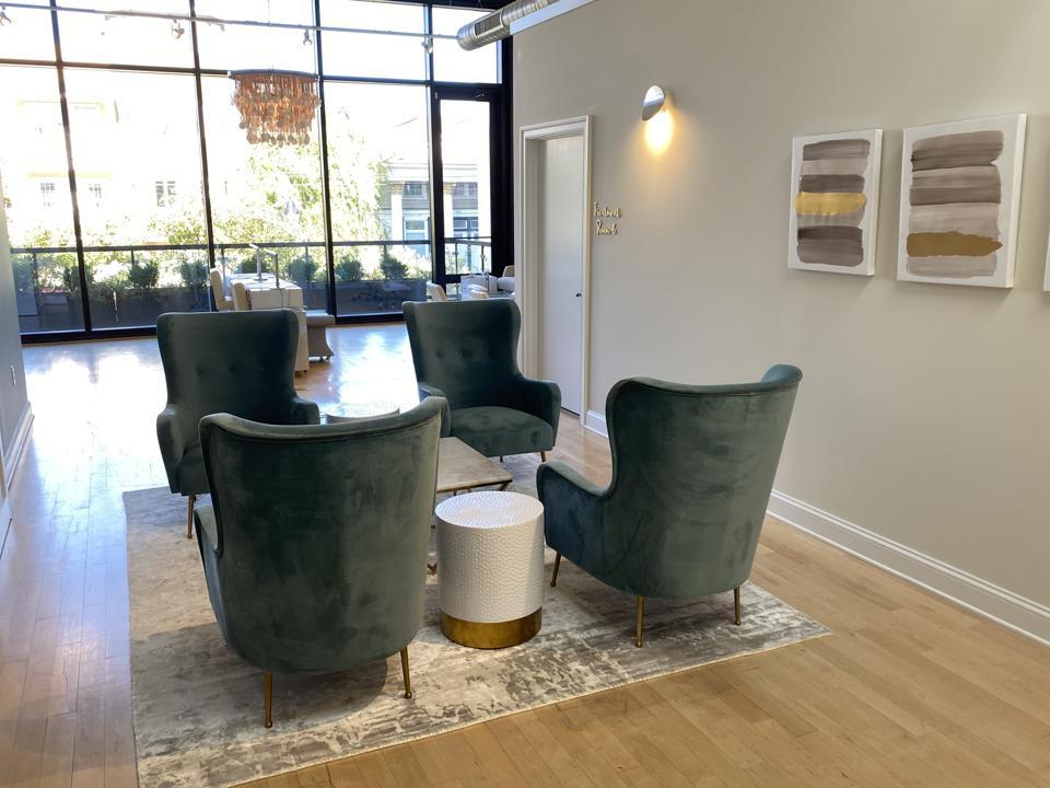 Neroli Med Spa & Beauty Lounge charlottesville botox hydrafacial
