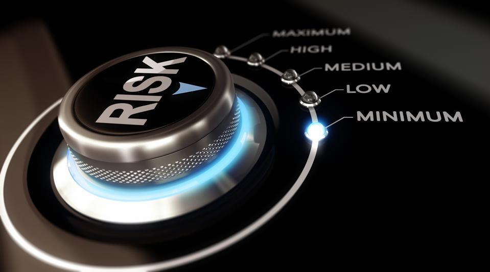 Risk-control with options from minimum to maximum