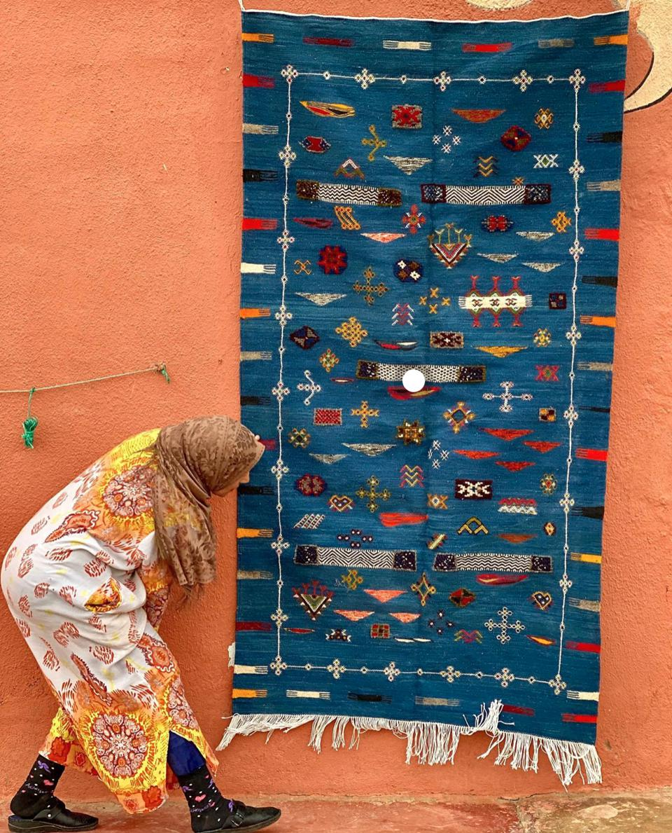 weaver, Morocco, rugs, blue, travel