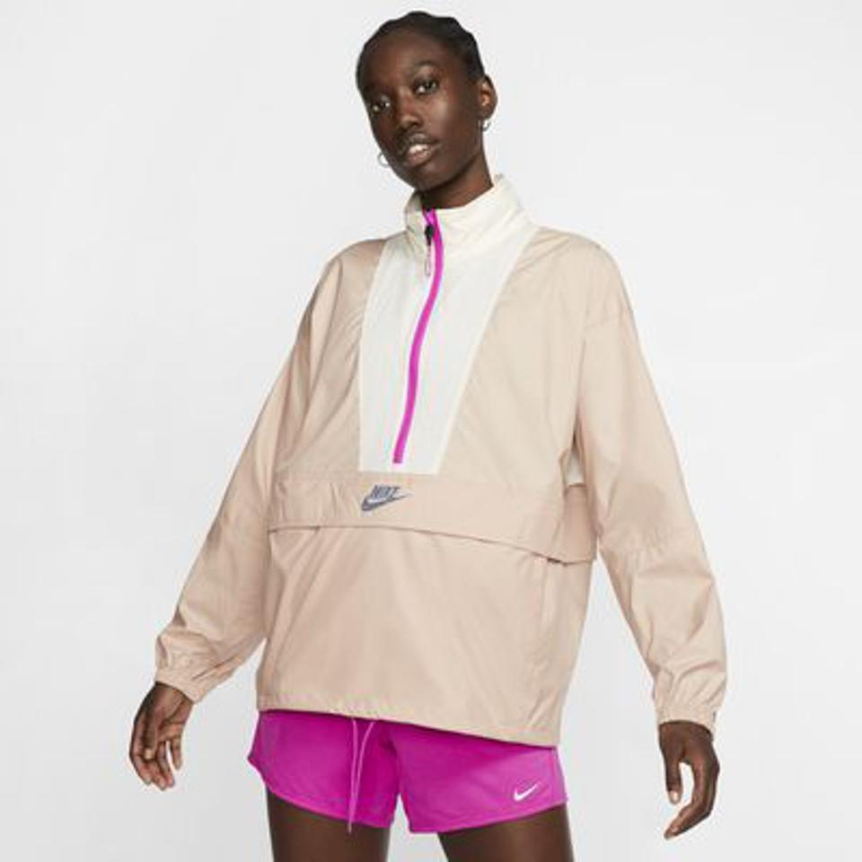 Nike Sportswear Icon Clash Women's Jacket in pink.
