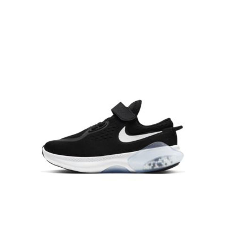 Nike Joyride Dual Run Little Kids' Shoe in black and white.