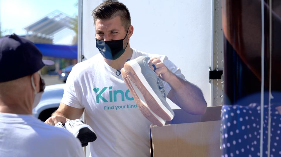 The Kindli app, with support from Tim Tebow, can block trolls.