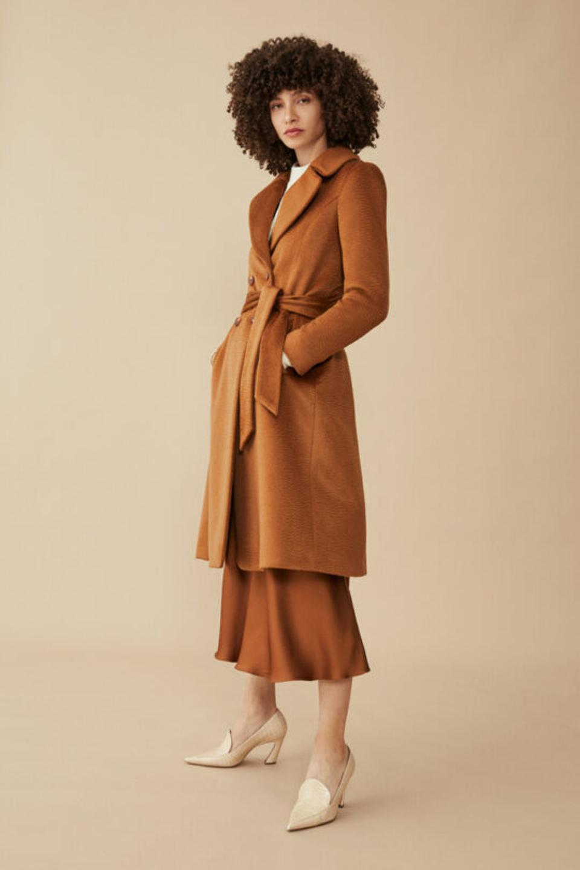 The Aldwych Coat Camel Premium Wool
