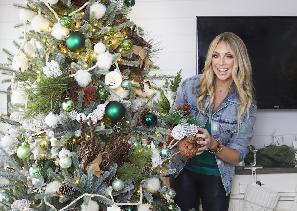 Evergreen glam tree with ornaments