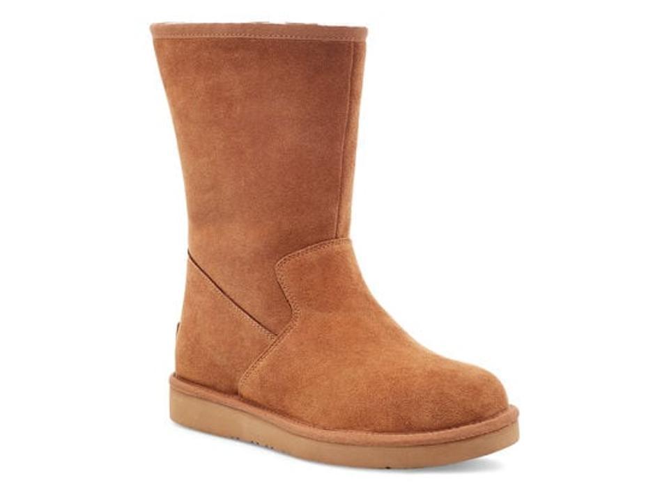 Celvin tan boot.