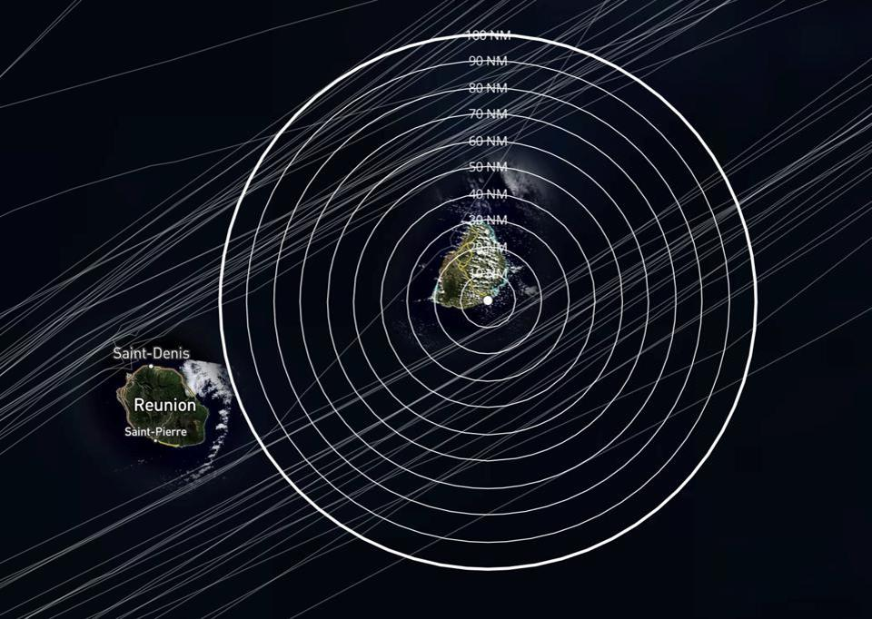 Satellite analysis reveals most vessels pass Mauritius over 20 nautical miles from the island
