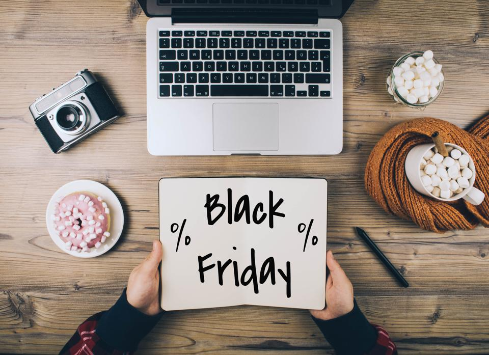 Some great Black Friday deals are available on Photography software and courses.