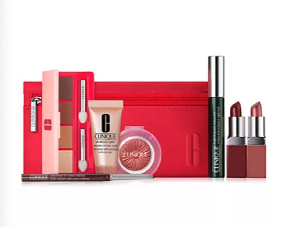 Clinique 8 Pc From Daylight to Date Night Gift Set