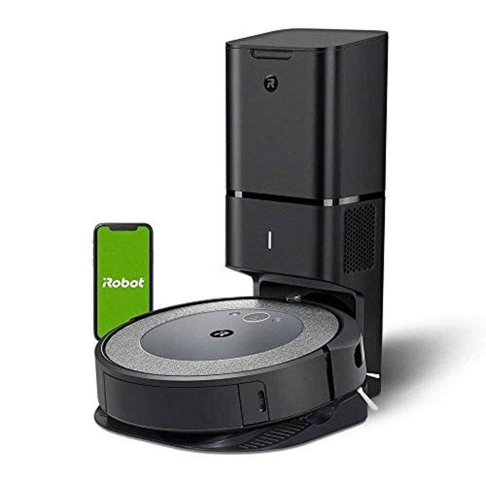 Roomba self-emptying robovac