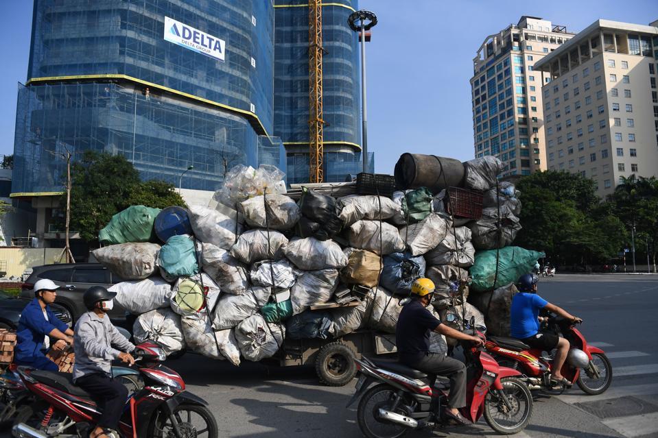 VIETNAM-ECONOMY-RECYCLING