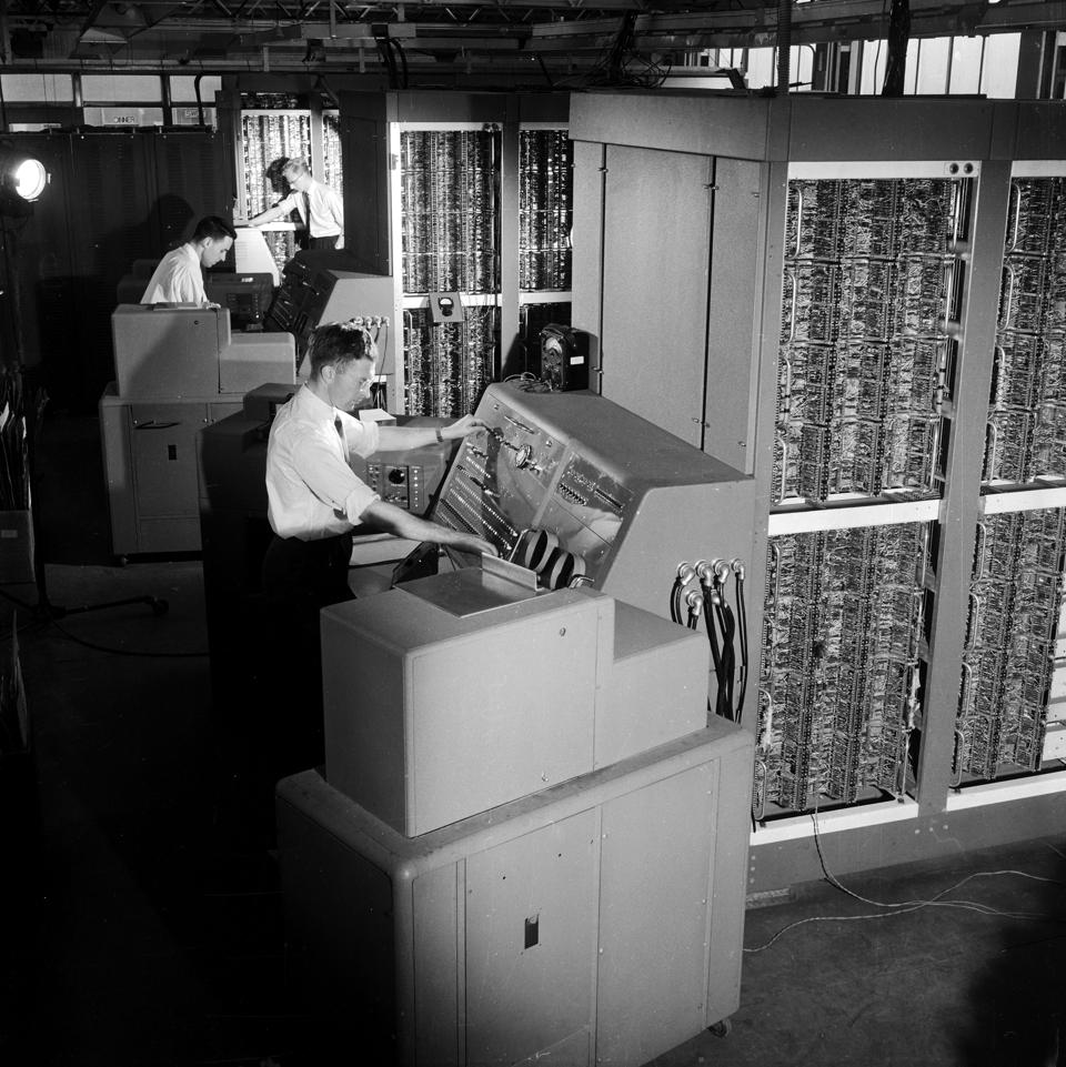 Engineers with the early DEUCE computer at English Electric, 1958.