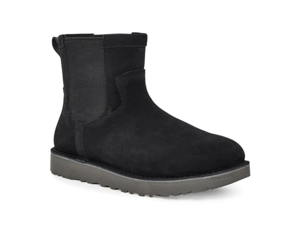 Black ankle chelsea boot.