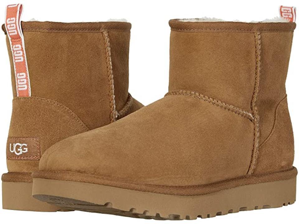 logo tan short ugg boots