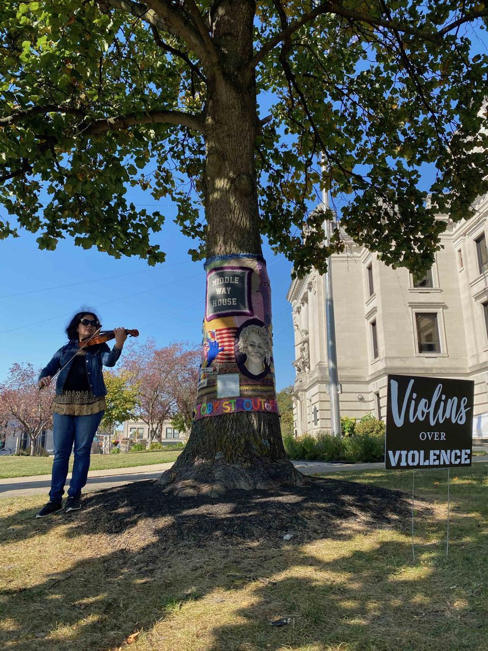 Dena El Saffar of Violins Over Violence