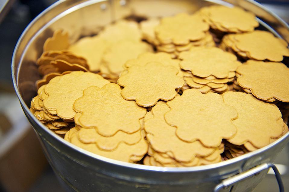 Mrs. Hanes' Moravian Cookies