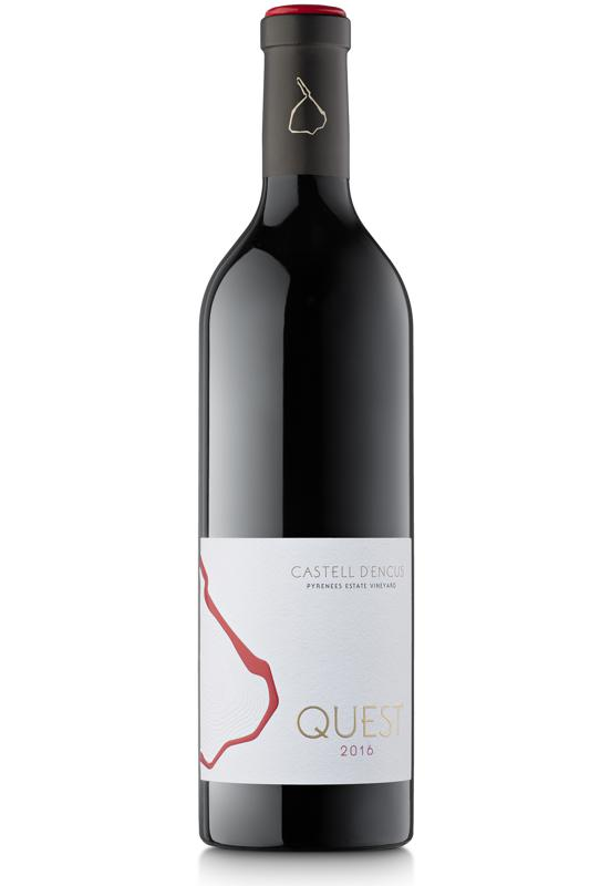 Bottle of red wine, Castell d'Encus Quest