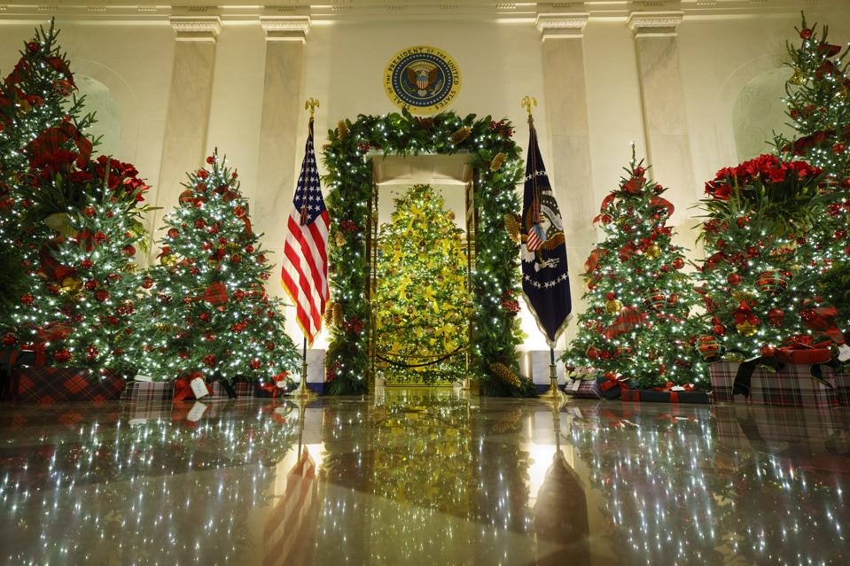White House Holds Press Preview For Its Christmas Décor