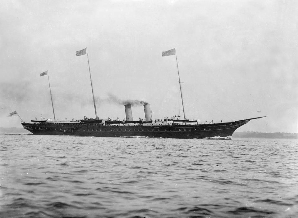 The steam-powered Royal Yacht 'HMY Victoria and Albert' (1899) epitomized the century of steam dominated by Britain.