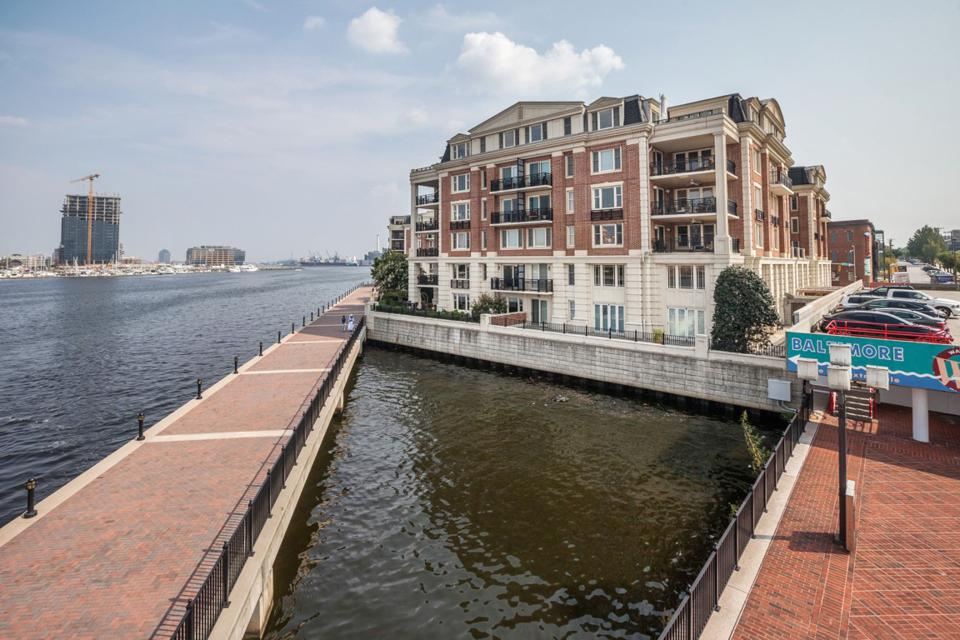 Huge building on the Baltimore waterfront