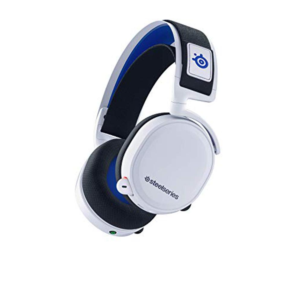 SteelSeries Arctis 7P Wireless Gaming Headset in white, black and blue.