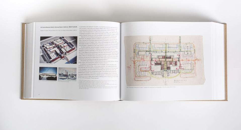 ″Frank Gehry: Catalogue Raisonné of the Drawings Volume One″ book