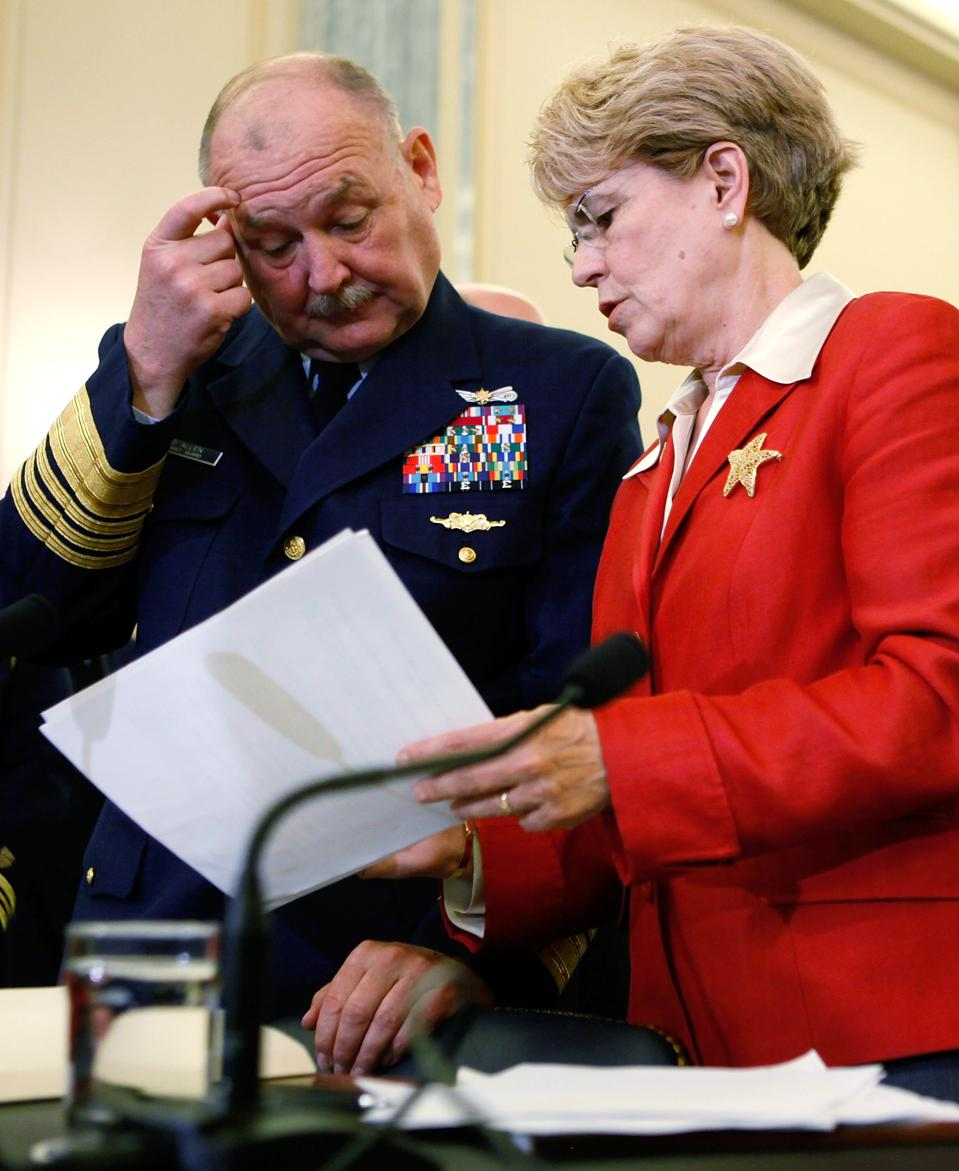 NOAA Administrator Jane Lubchenco (R) U.S. Coast Guard Commandant Admiral Thad Allen (L) at Senate Hearing on BP Deepwater Horizon spill.  Lubchenco would go on to become President Obama's Special Envoy for the Ocean